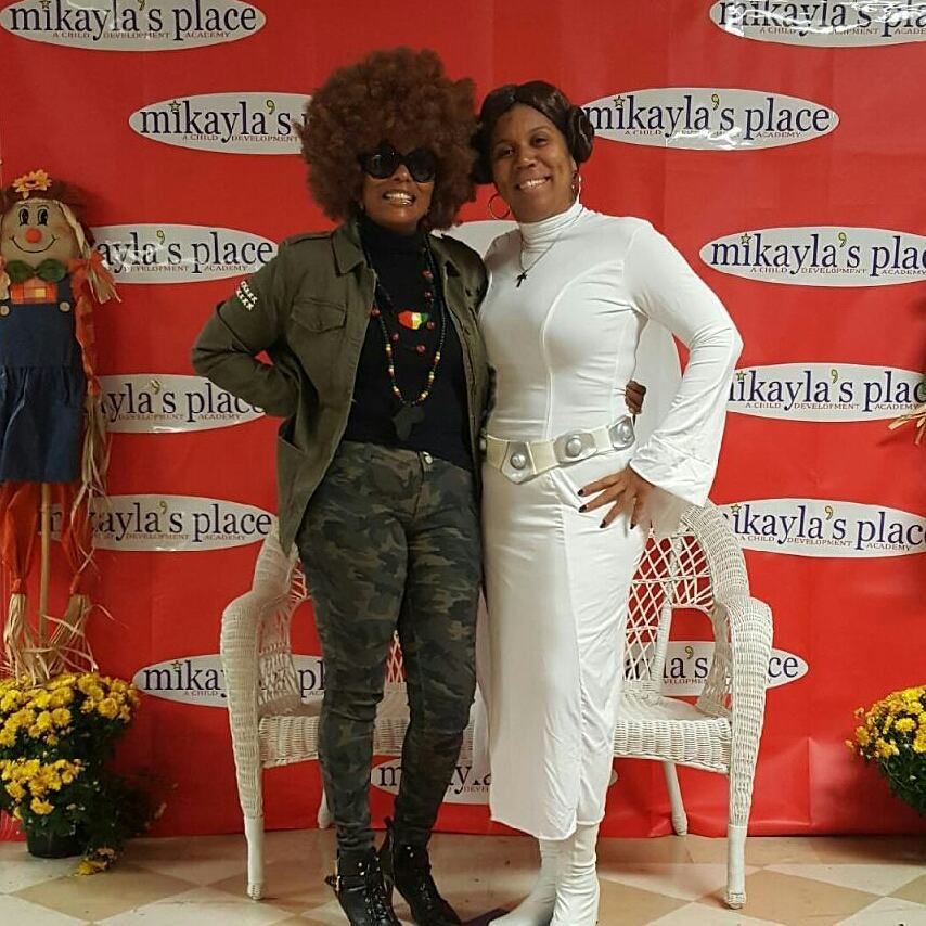 Pam Grier & Princess Leia for Mikayla's Place Harvest Day  Festival. Thanks everyone for an awesome event.